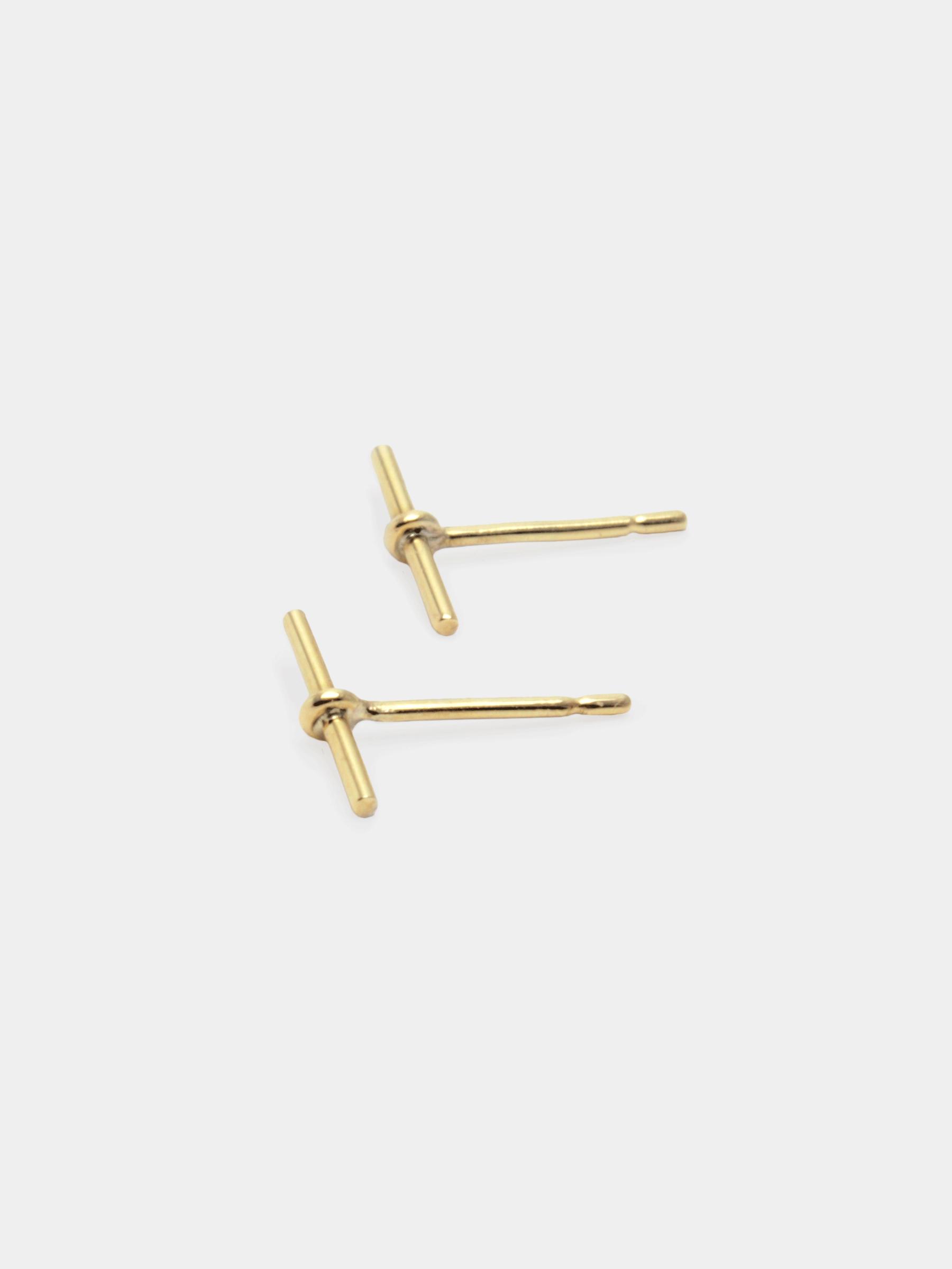 BEPART BAR EARRING Handmade in Bepart studio in Slovakia, the Bar earring is geometric, clean and very polished take on classic earring.