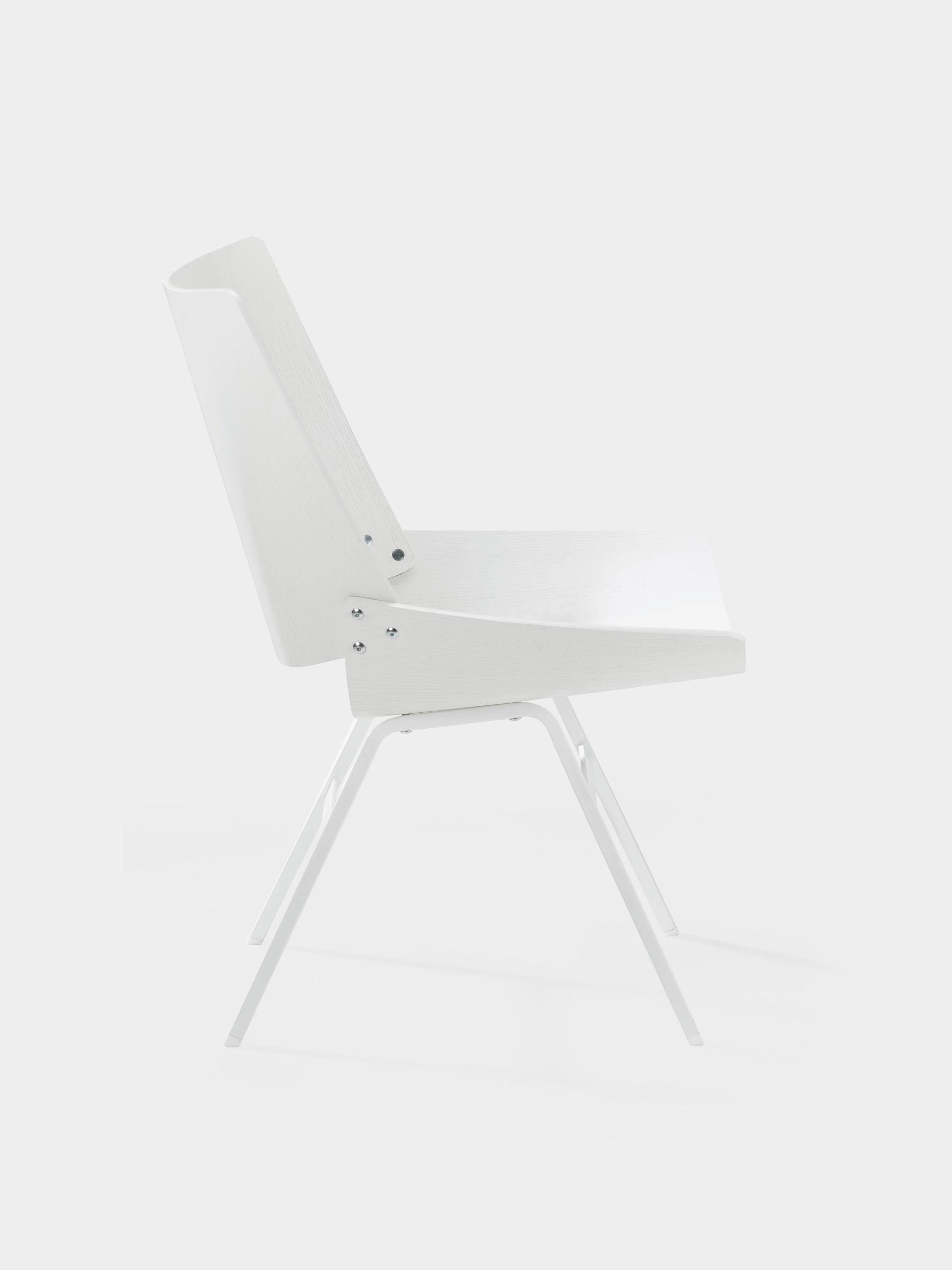 Rex_Kralj_Shell_lounge white